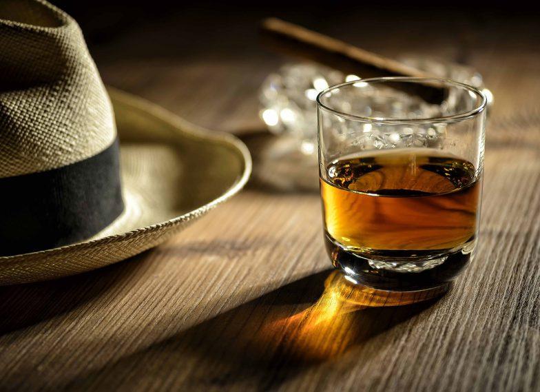 Rum Flyer Hauptbild